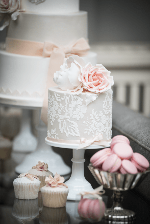 Wedding Cakes by Facnie Buns Cakery - Chewton Glen Wedding Photoshoot